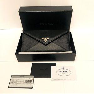 SOLD📌Authentic Prada Envelope Wallet
